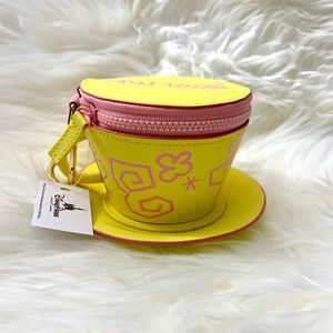 ✨Alice in Wonderland Tea cup coin purse ✨